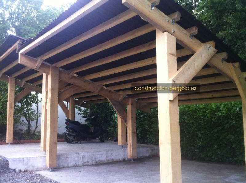 Pérgola de madera para coches